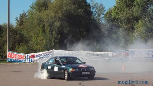 Игорь Шагов на своем BMW
